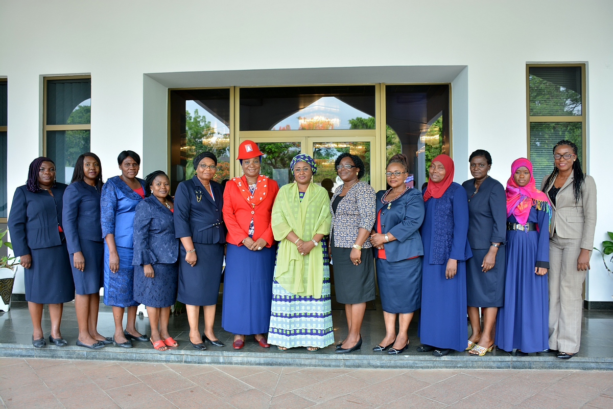 First Lady To Pharmacists, Control Drug Abuse